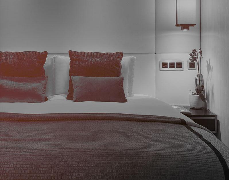 Room's & Suites